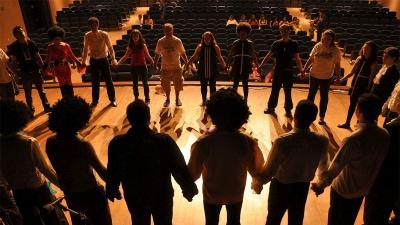 Paket teater: Våga stå i rampljuset - Du spelar roll!